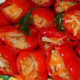 Как фаршировать перец капустой и морковкой: 8 аппетитных рецептов